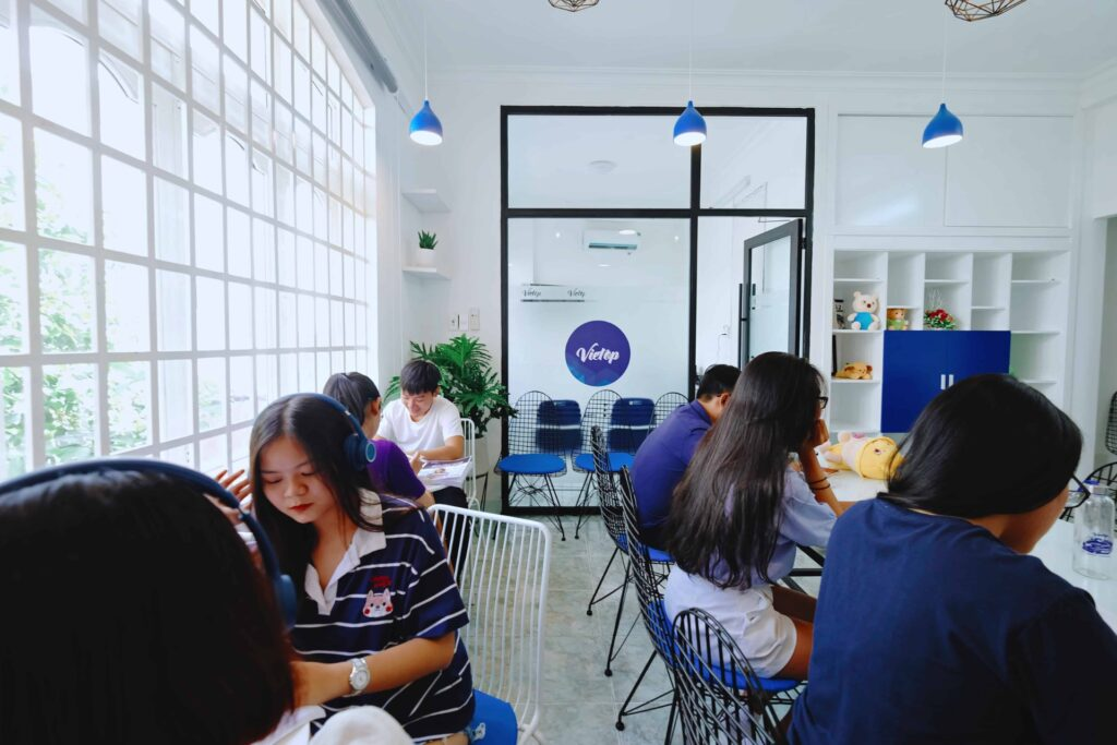 Không gian học tập tiện nghi tại IELTS Vietop Gò Vấp