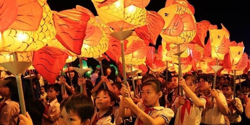 Bài mẫu 3 Talk about mid-autumn festival in Vietnam