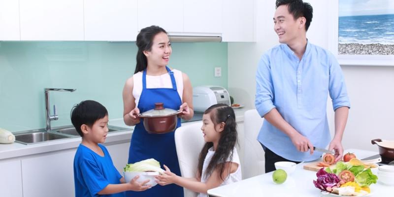 Đoạn văn mẫu về việc chia sẻ công việc nhà trong gia đình