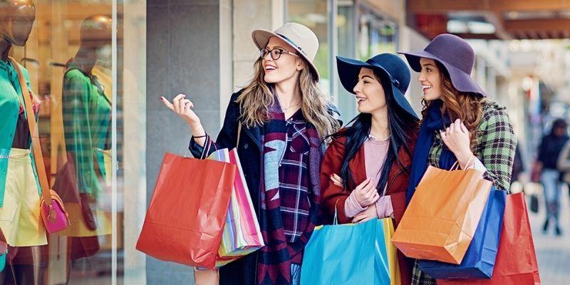 Talk about shopping - Bài mẫu 2