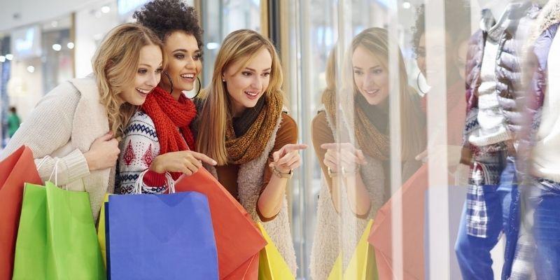 Talk about shopping - Bài mẫu 4