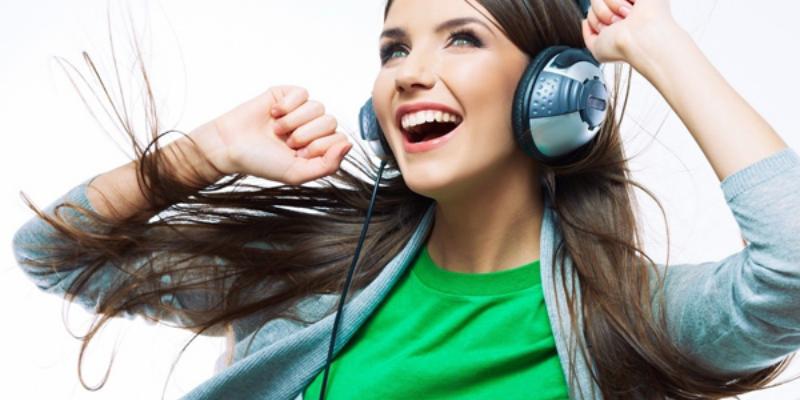 Lợi ích của việc học tiếng Anh qua các bài hát