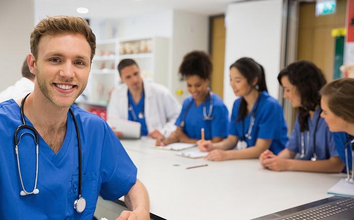 Điều kiện du học ngành y khoa